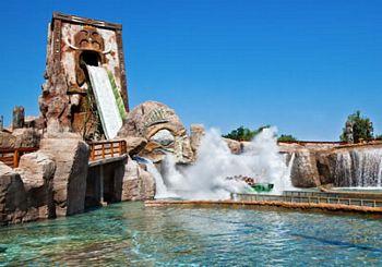 Attrazione del parco divertimenti Etnaland in Sicilia