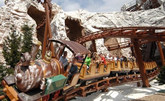 Family coaster Mammut di Gardaland