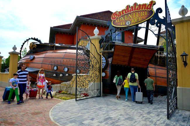 nuovo gardaland adventure hotel