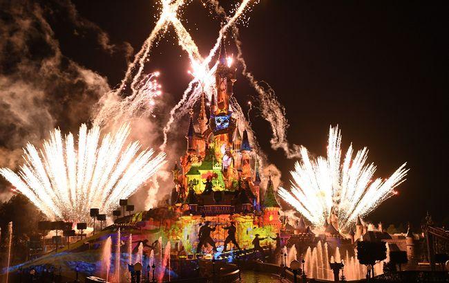 Disney illuminations: il nuovo spettacolo per il 25° Anniversario di Disneyland Paris
