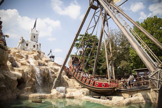 Il galeone dei pirati del parco divertimenti Leolandia