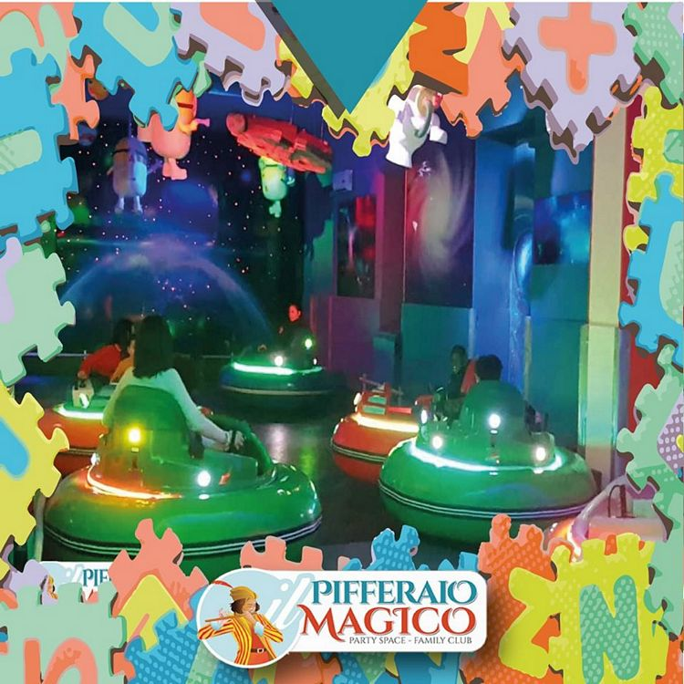 Bumber car al parco giochi Pifferaio Magico in Sicilia