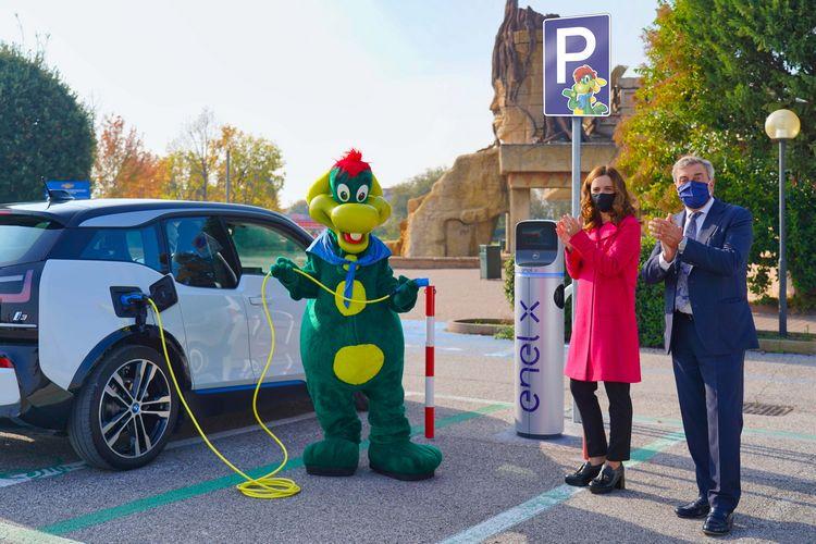 Partnership Gardaland ed Enel X: inaugurate 8 colonnine per la ricarica di auto elettriche