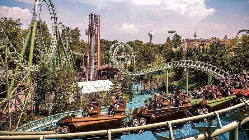 Roller coaster Shaman (ex Magic Mountain) di Gardaland