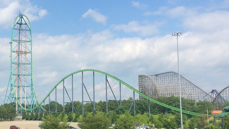 Kingda Ka al parco divertimenti Six Flags Great Adventure (New Jersey - USA): le montagne russe più alte del mondo.