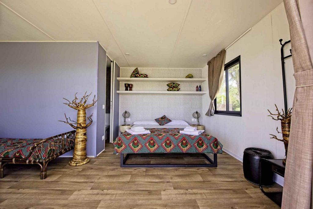 L'interno dei lodge dell'Africa Resort di Zoom Torino