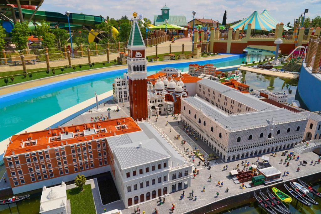 Riproduzione in miniatura di Piazza San Marco a Venezia nel Parco Legoland dentro Gardaland